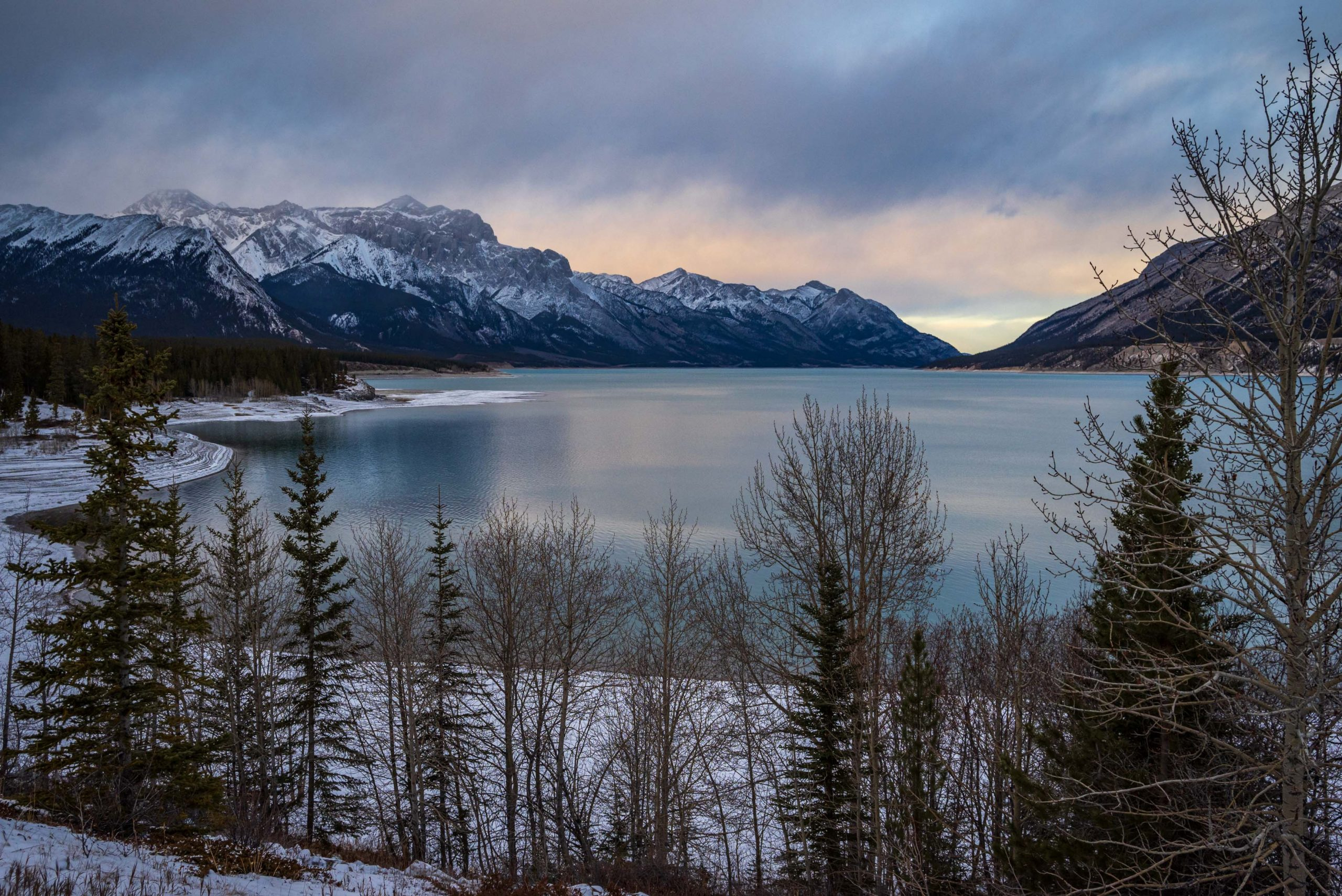 Abraham Lake Ice Conditions – December 23 2020