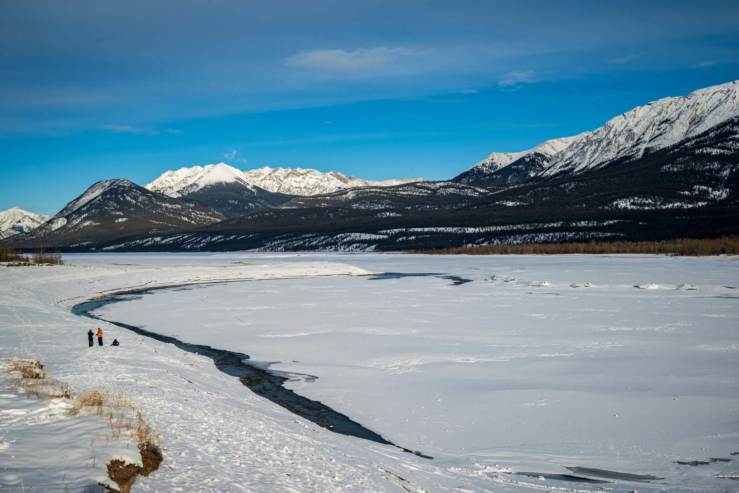 Abraham Lake Ice Conditions – December 27 2020